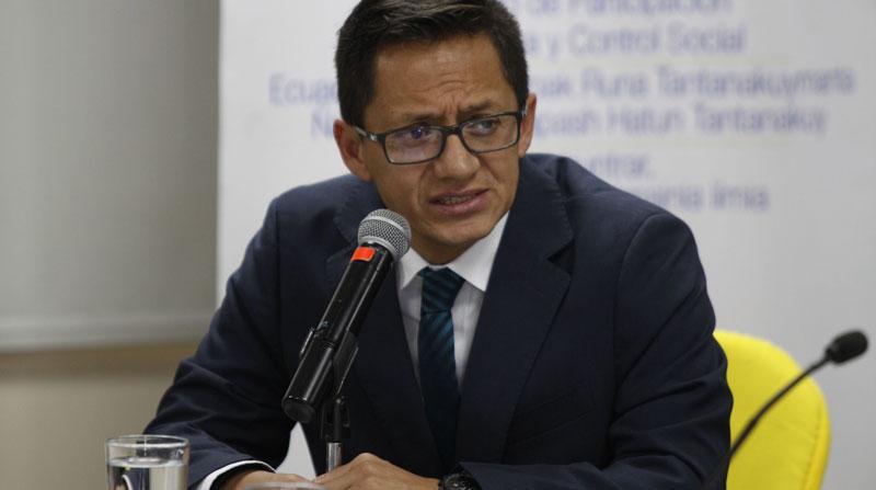Fiscalía de Ecuador presenta acusación contra el defensor del Pueblo por abuso sexual