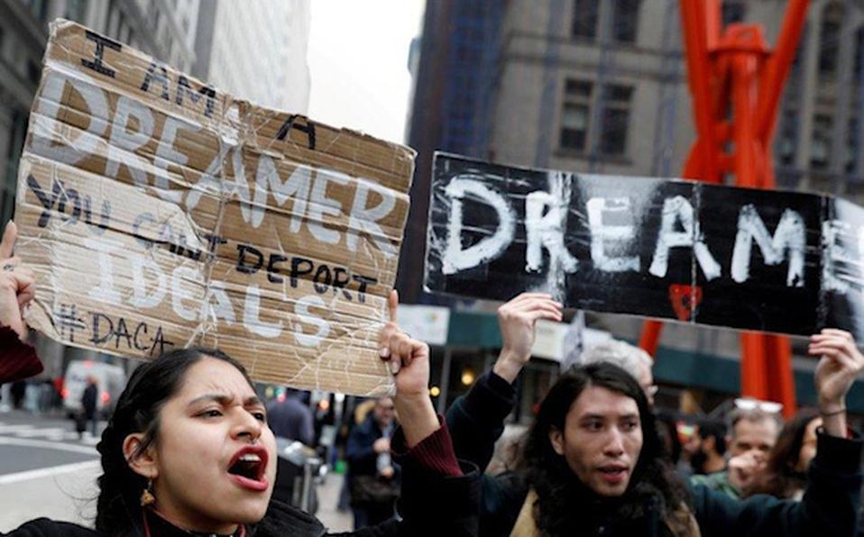 Trámites del programa migrante DACA, suspendidos