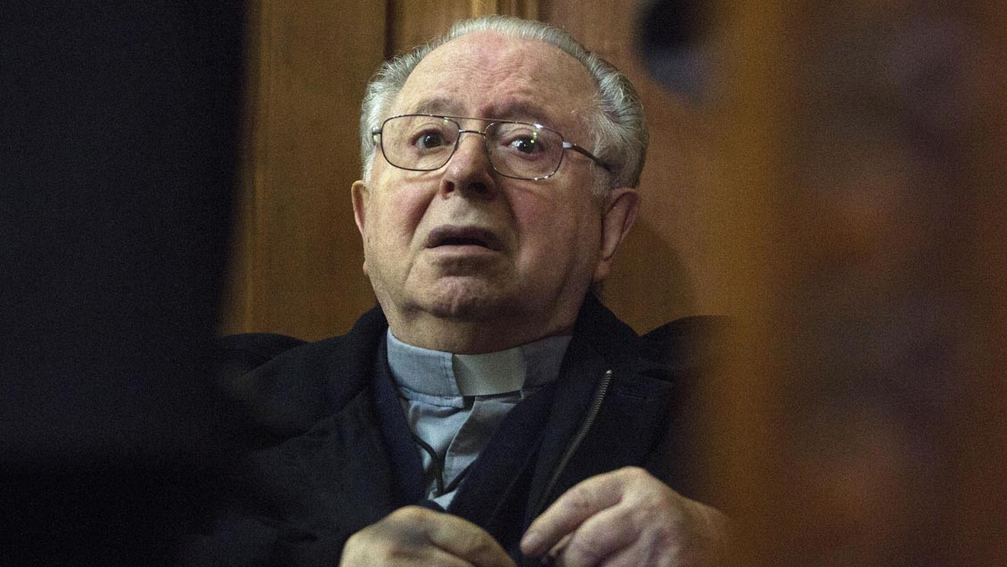 Muere a los 90 años y sin pisar la cárcel, Fernando Karadima, exsacerdote condenado por abusos sexuales