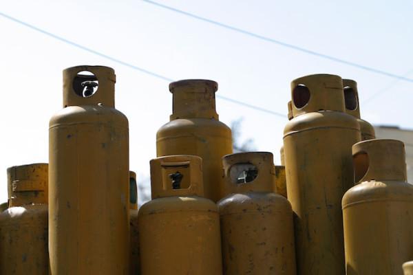Presidente de Perú Pedro Castillo se compromete a estabilizar el precio del gas