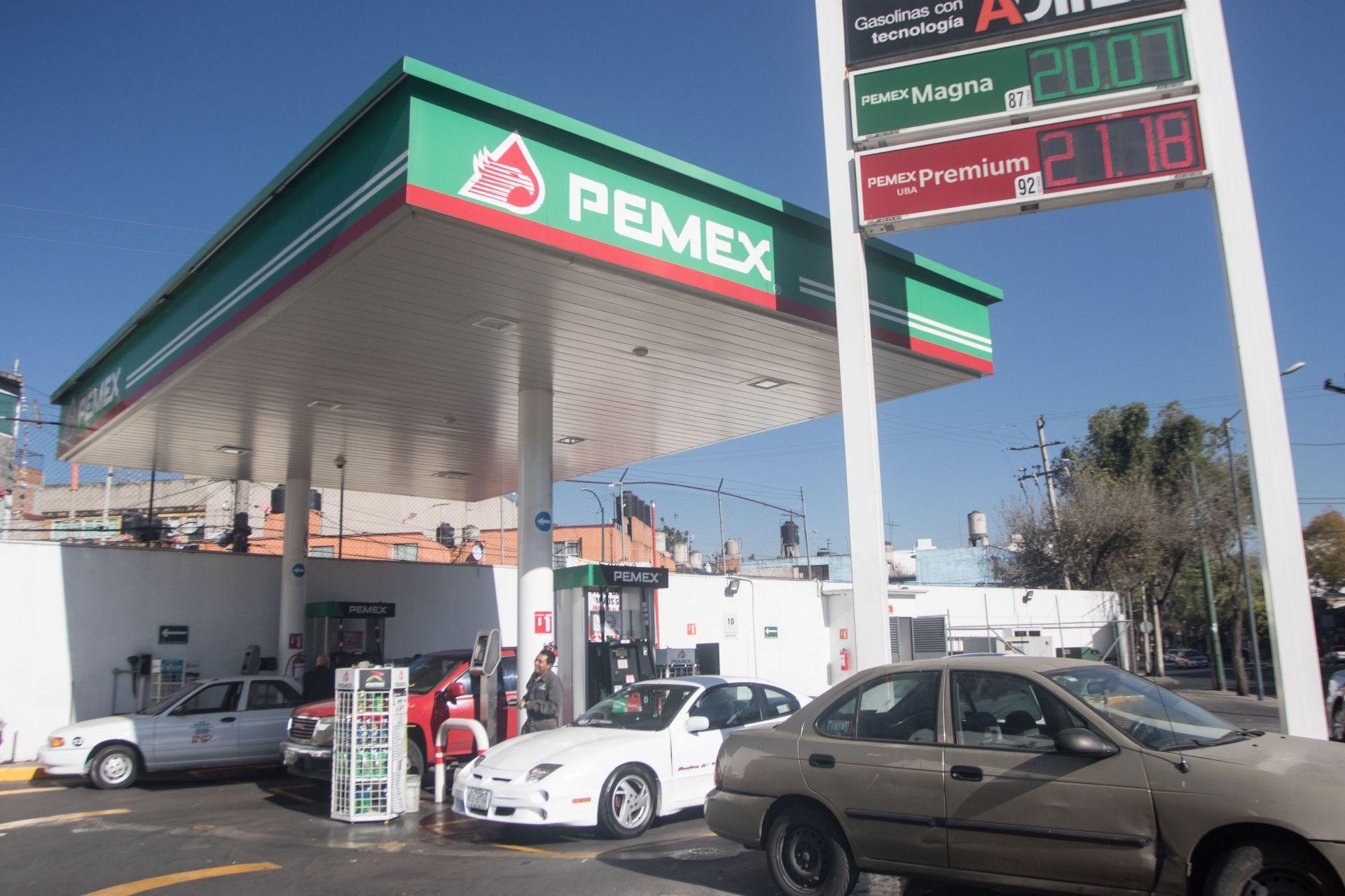 Aumentará el precio de las gasolinas; Hacienda reduce estímulo al IEPS