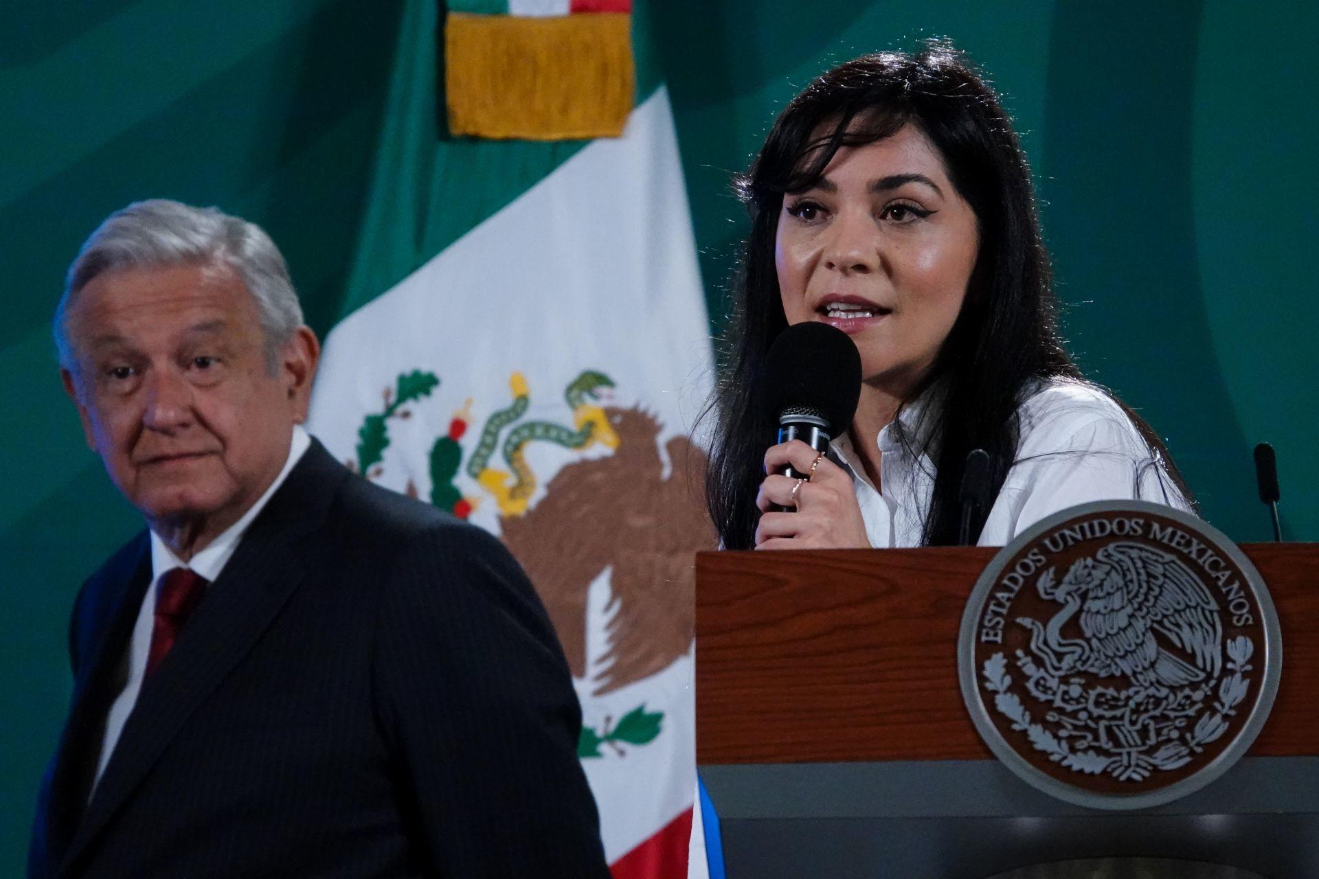 """Liz Vilchis y Andrés Manuel López Obrador en el """"quién es quién en las mentiras"""