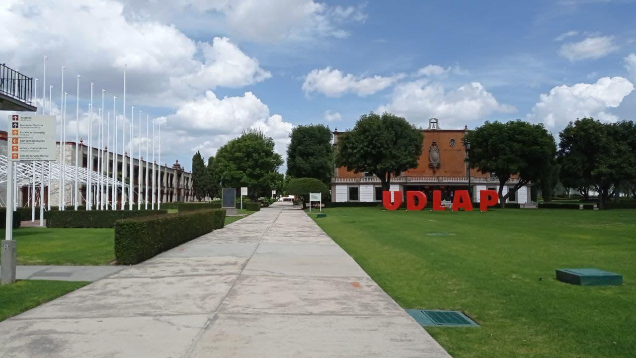 Exigen 300 académicos UDLAP la liberación del campus