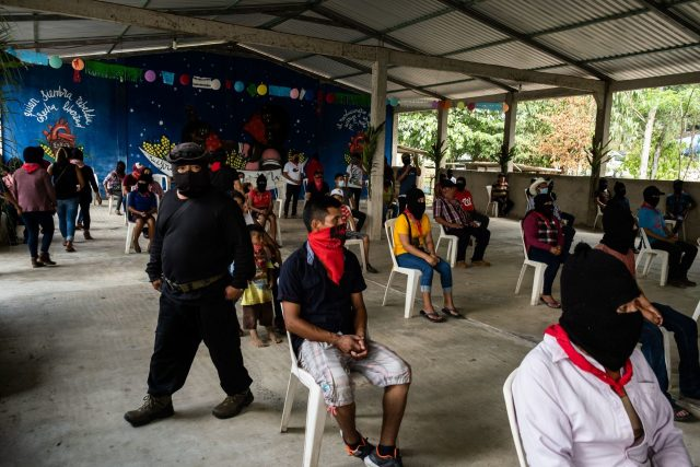 El EZLN en una asamblea