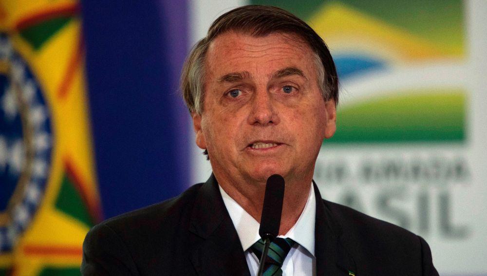 Fiscalía de Brasil abre investigación por retransmisión de Bolsonaro sobre el voto