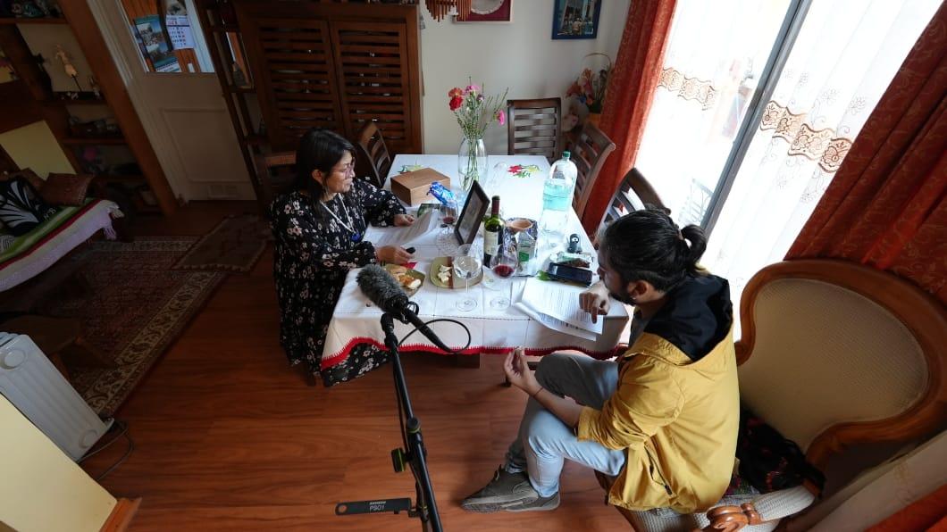 Elisa Loncon y Beatriz Pichi Malen protagonizan radioteatro mapuche que rescata la tradición oral