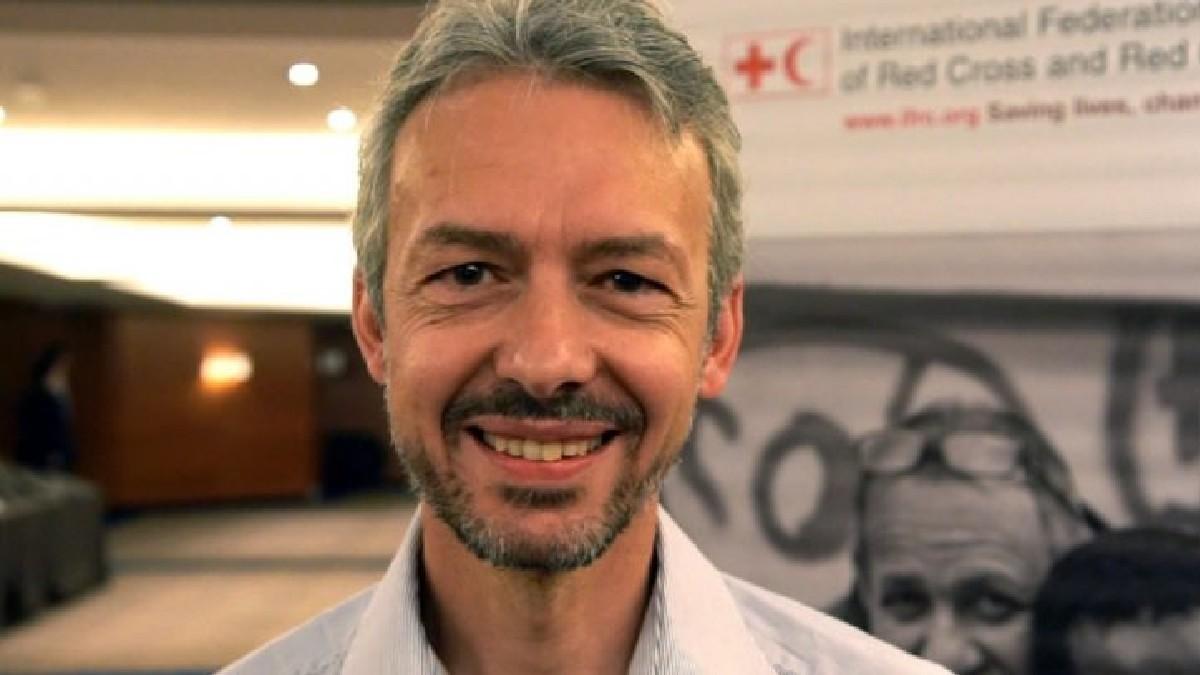 Médico Emanuele Capobianco: «Estamos muy lejos de poder poner fin a esta pandemia y la necesidad de las vacunas en el mundo es mayor»