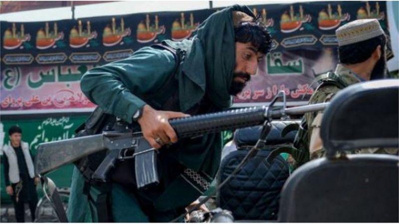 Talibanes dólares Afganistán