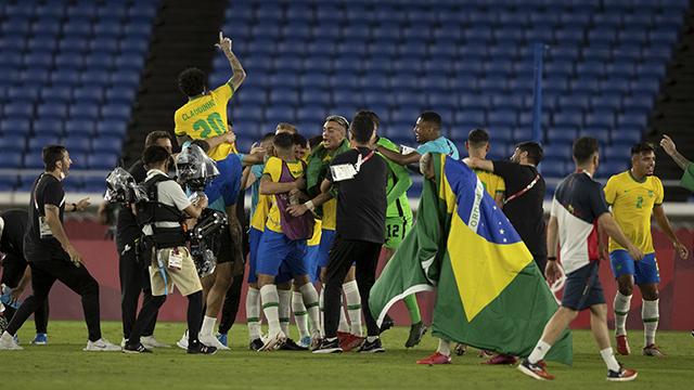 Brasil: bicampeón olímpico /  República Dominicana gana bronce en beis