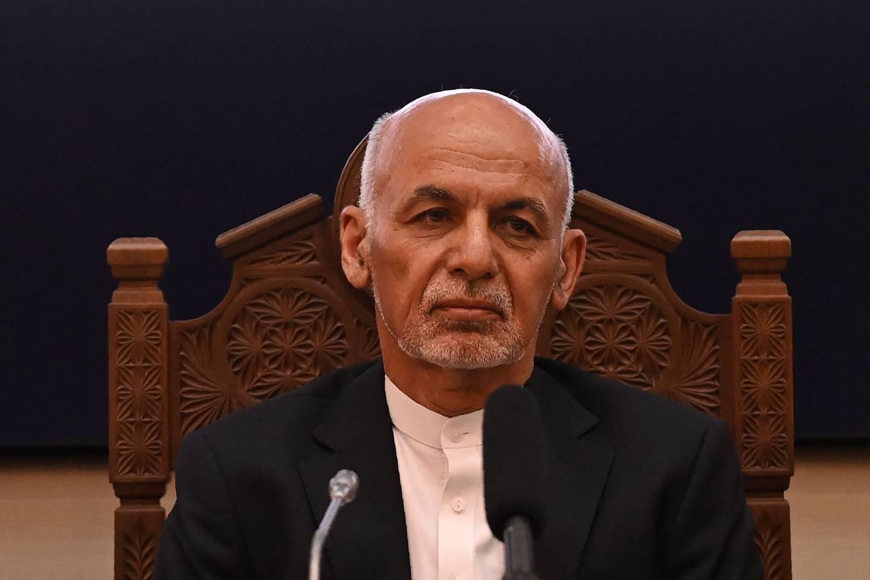 Emiratos Árabes Unidos le da asilo político al expresidente de Afganistán