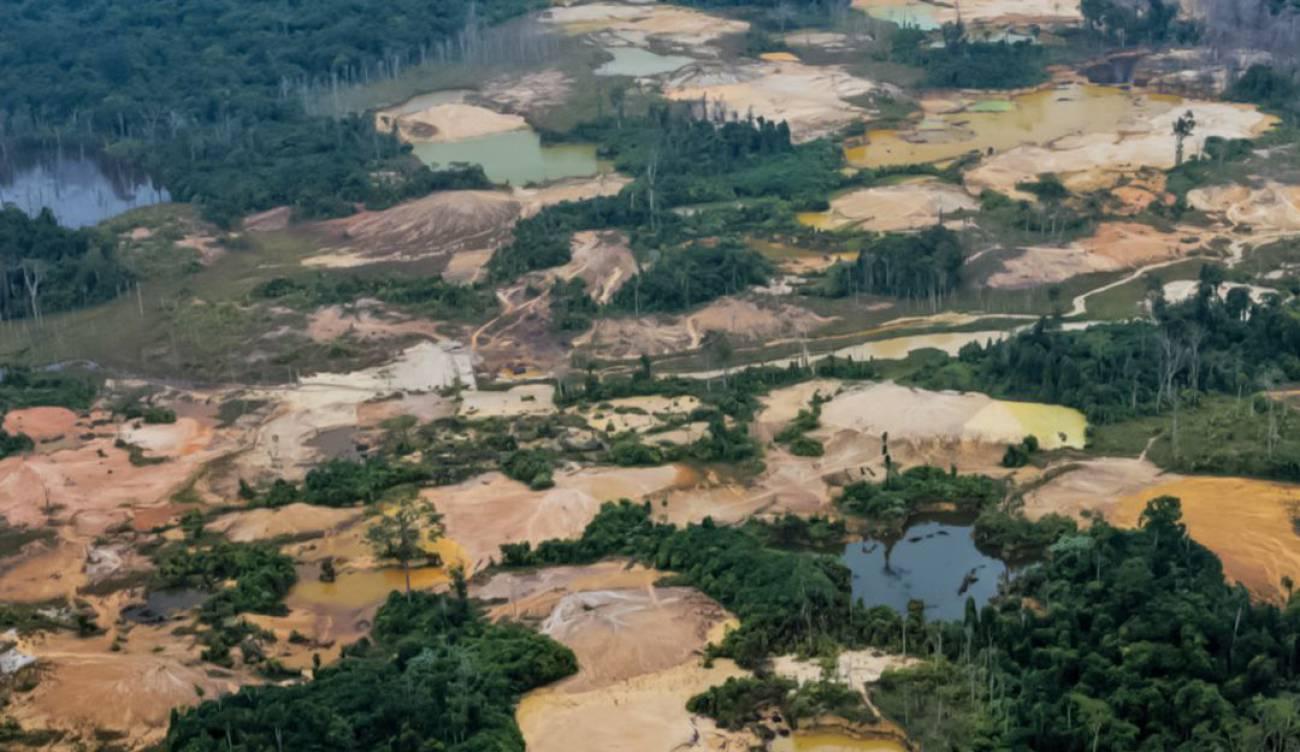 Minería ilegal aumentó un 495 % en tierras indígenas de Brasil