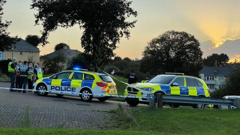 Primer tiroteo masivo en 11 años dejó al menos seis muertos en Reino Unido