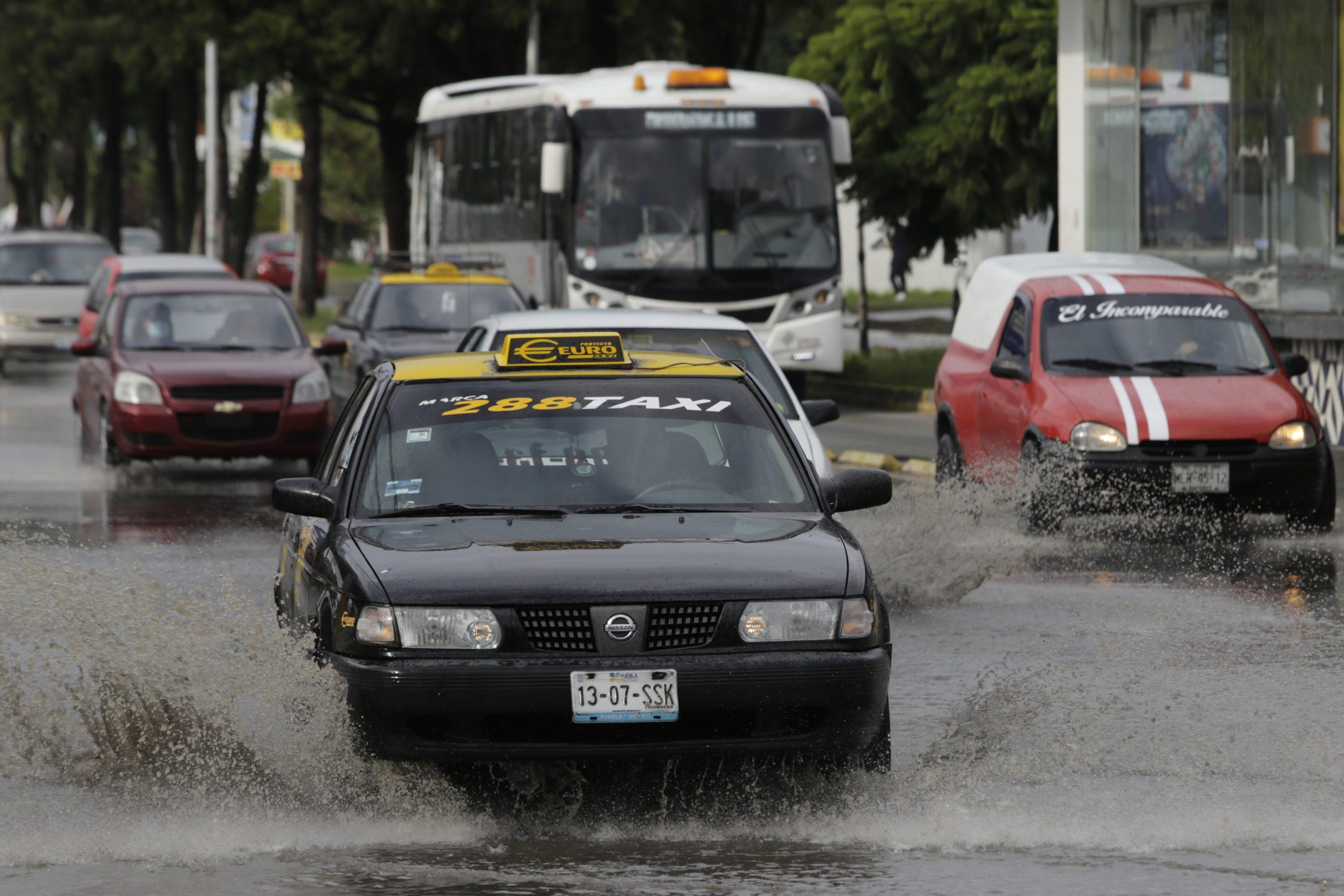 Seguirá lloviendo, crece alerta por saturación en presa de Valsequillo