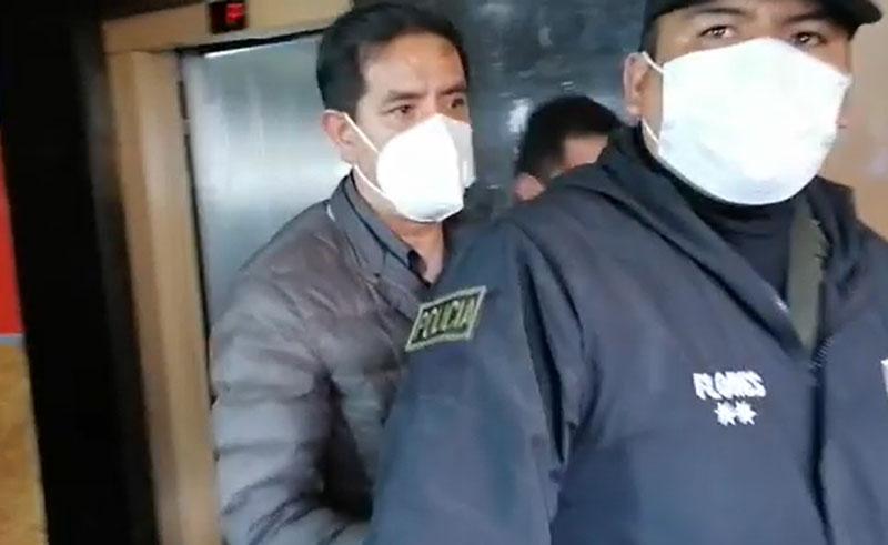 Detienen a excomandante de la Policía de Bolivia por participación en masacre de Senkata