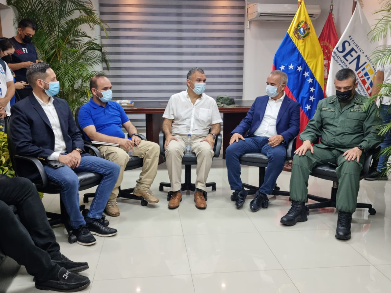 Venezuela y Colombia evalúan protocolos para reactivar paso fronterizo