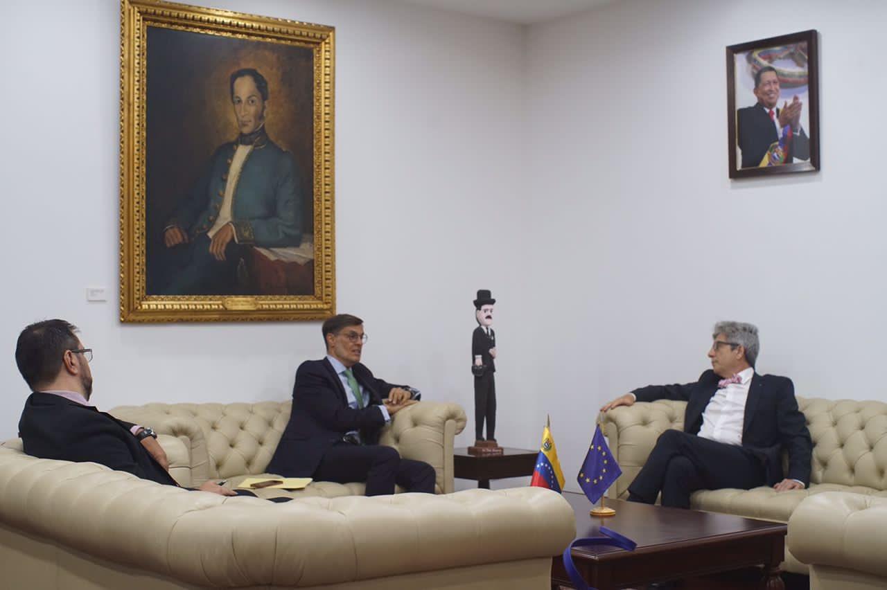 Acercamiento: canciller venezolano se reunió con el nuevo Encargado de Negocios de la UE en Caracas