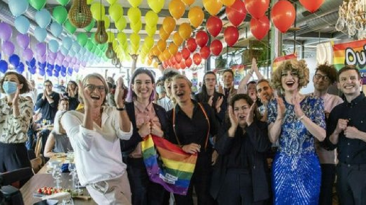 Suiza aprueba matrimonio igualitario en referendo popular