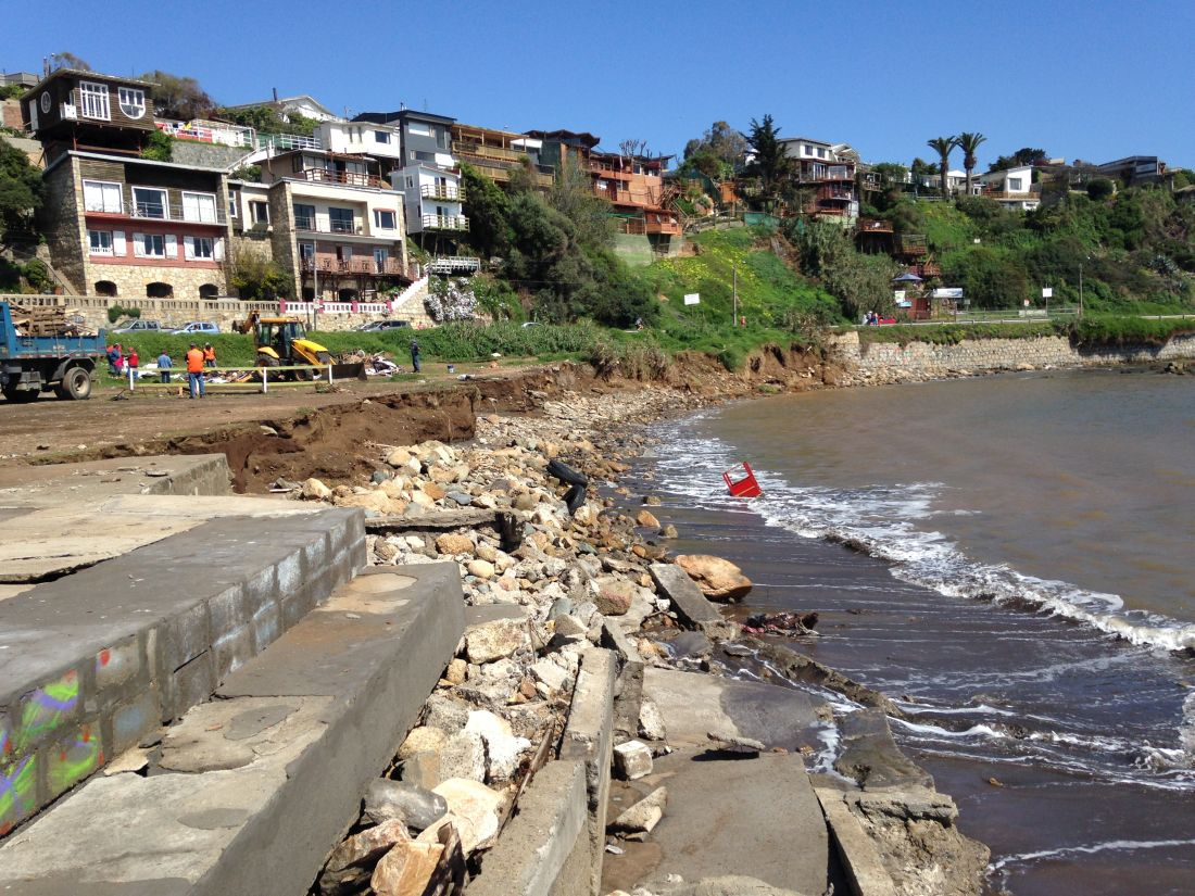 Estudio reafirma que en Chile existen bahías más sensibles a daños por los efectos de un tsunami
