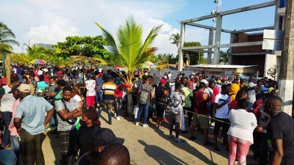 Colombia: Alertan por drama humanitario de migrantes en Necoclí