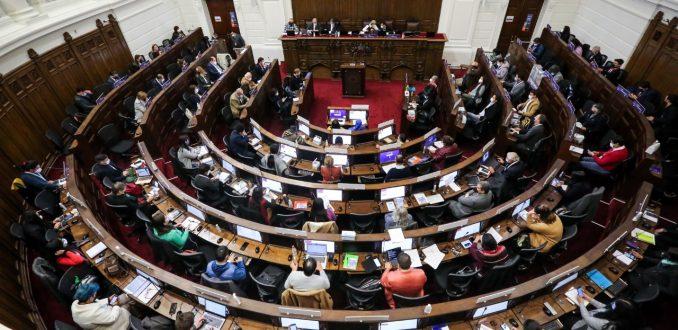 Suspenden sesión de la Convención Constitucional hasta la próxima semana tras detectarse dos casos positivos de Covid-19