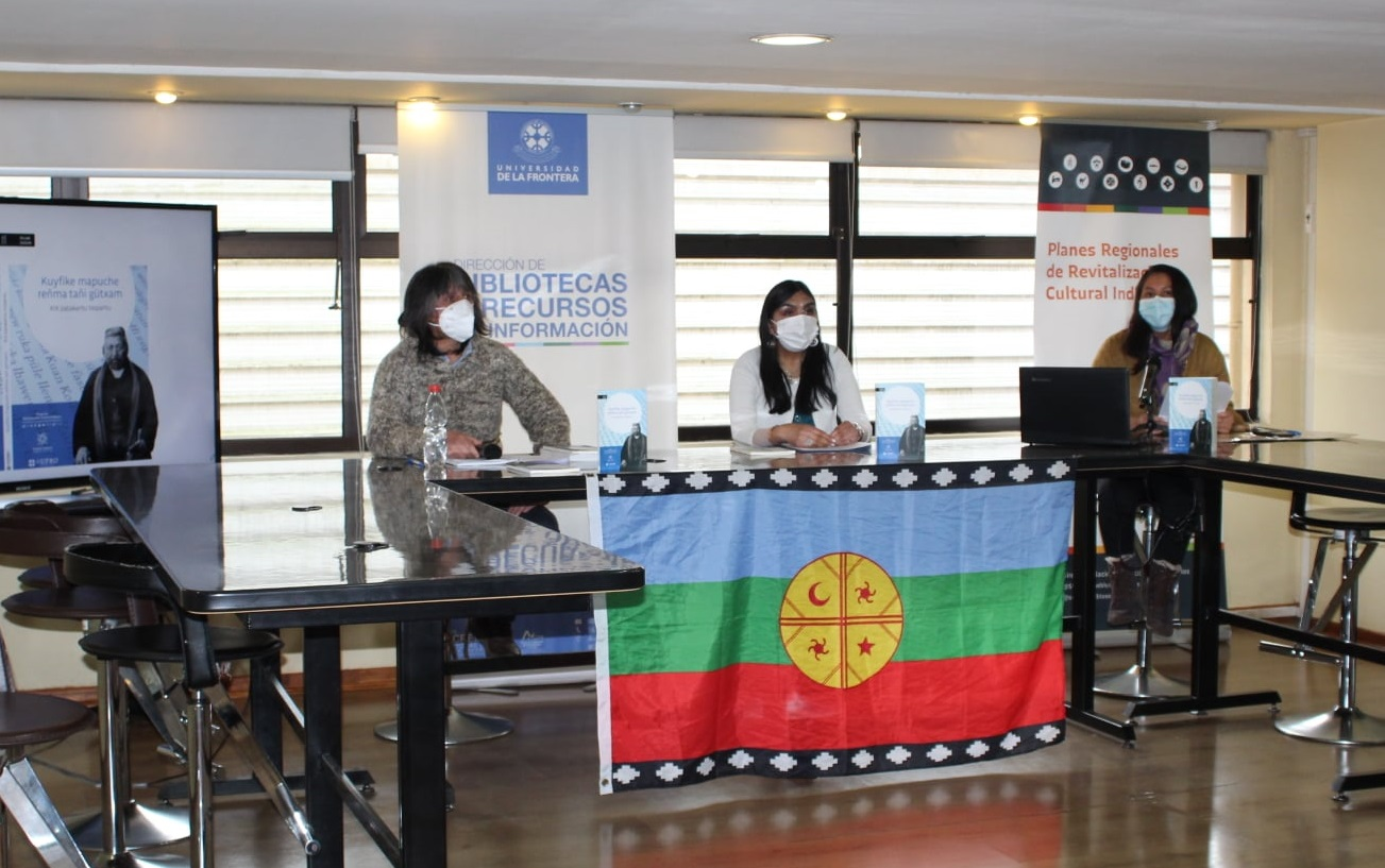 En Temuco inauguran colección de libros Fillke Zugun: Referente para la revitalización lingüística mapuche.
