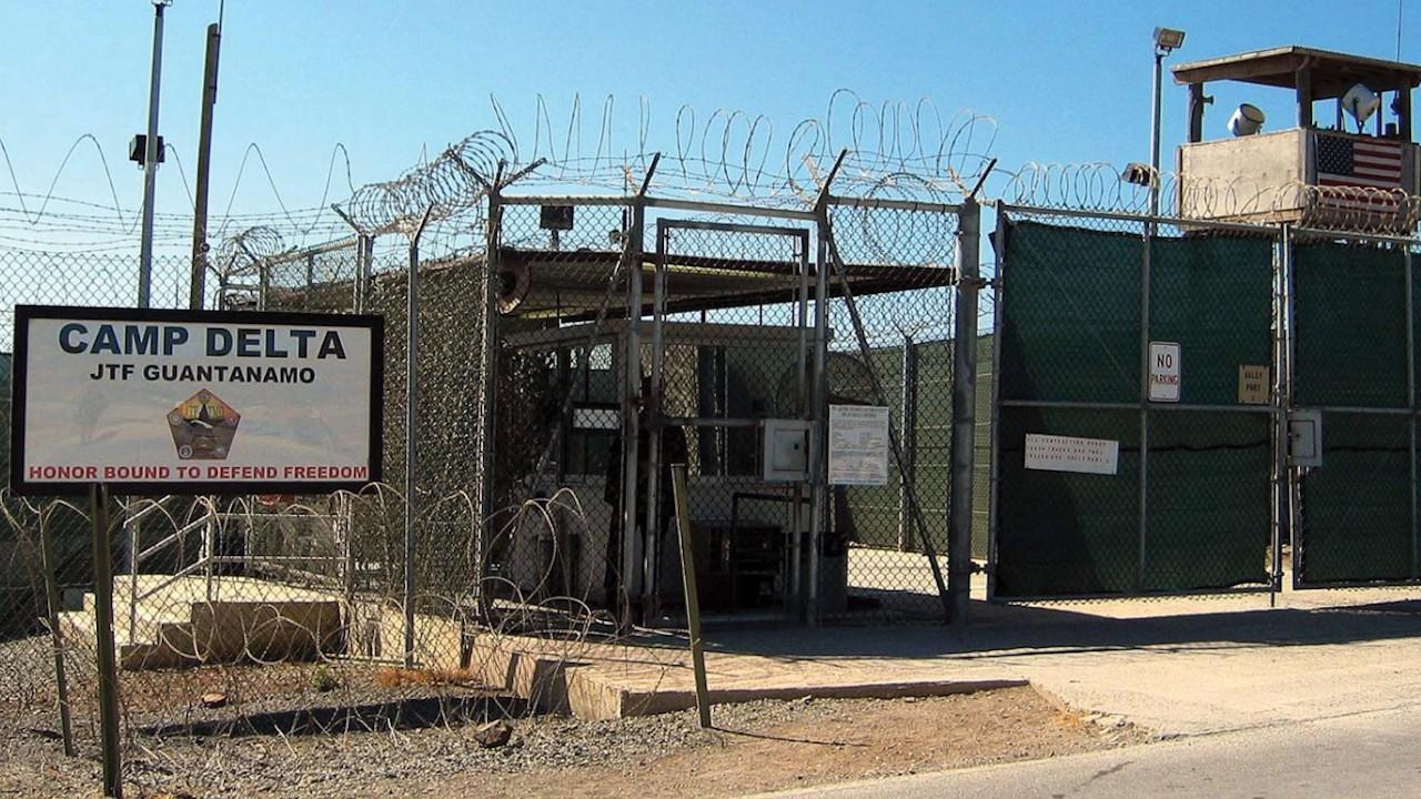 Cuba denuncia que EE.UU. analiza usar base ilegal de Guantánamo con fines migratorios