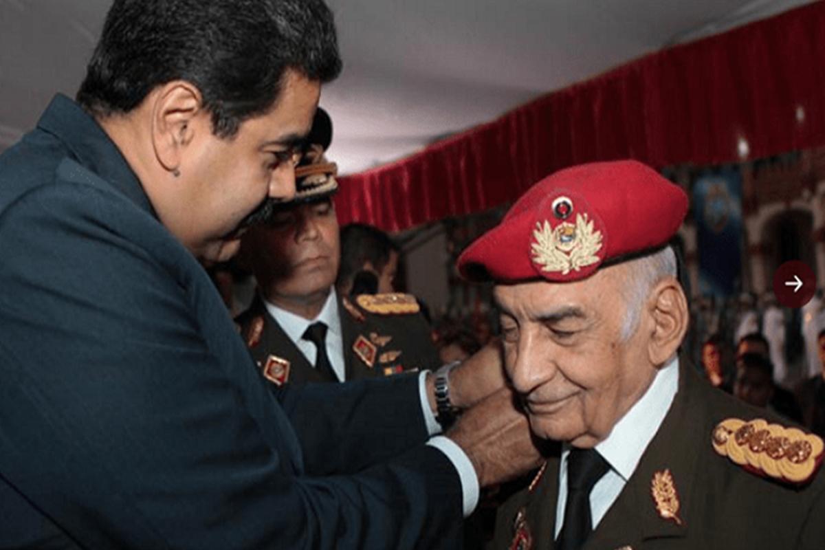 Falleció el general venezolano Jacinto Pérez Arcay a los 86 años: presidente Maduro le rindió homenaje en Capilla Ardiente