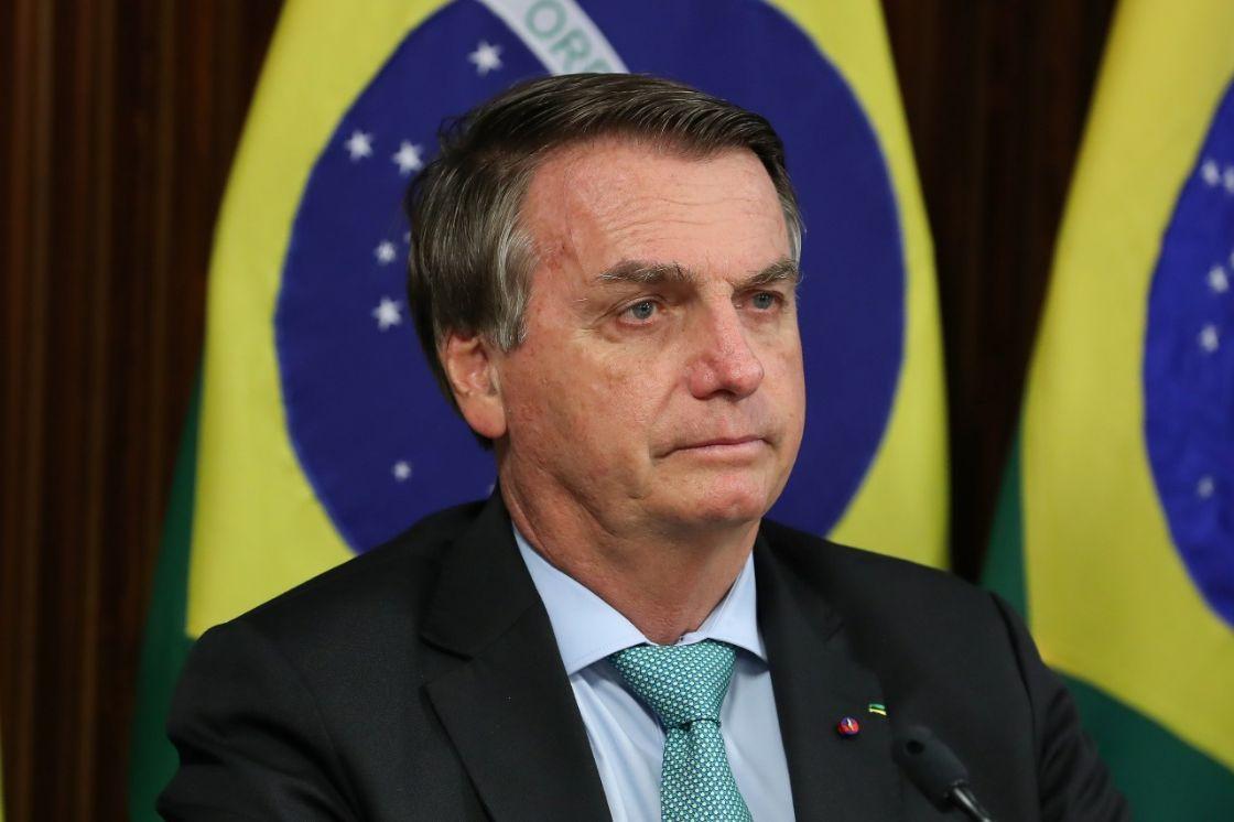 Sondeo de opinión revela que los brasileños temen regreso de la dictadura en Brasil