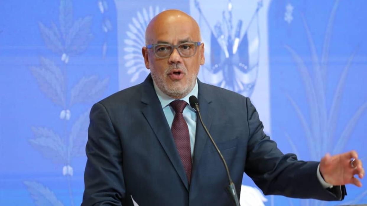EE.UU. amenaza a Venezuela con más sanciones y el presidente de la AN responde que no cederán a las presiones