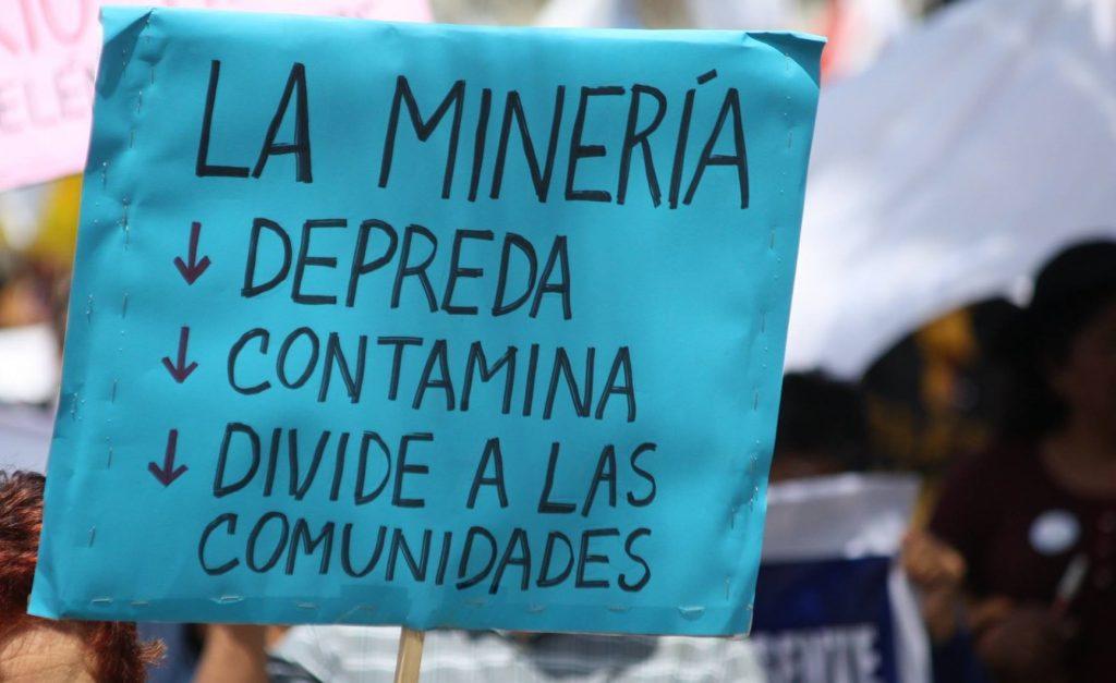 Aymaras y Quechuas rechazan política nacional de minería 2050