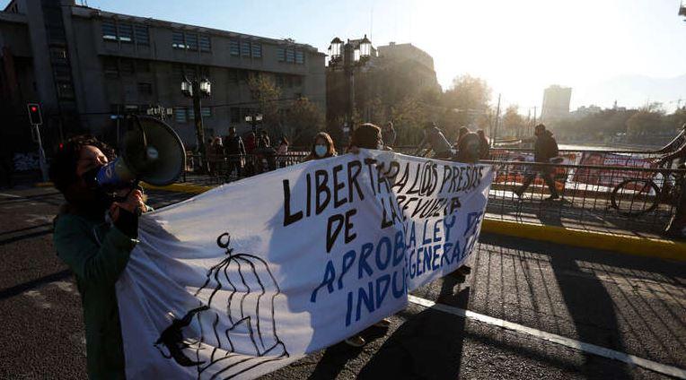 Parlamentarios de oposición denuncian persecución contra familiares de presos de la revuelta
