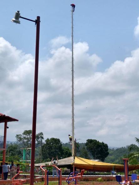 Joven muere tras lanzarse de palo ceremonial de los voladores