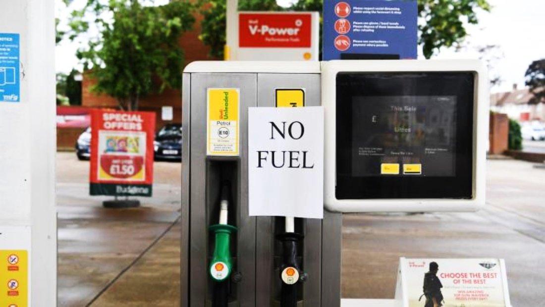 Crisis de la gasolina genera pánico en Reino Unido ante inminente escasez de productos