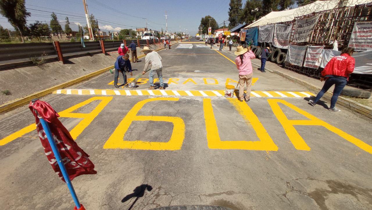 Pueblos Unidos reabren el paso de la carretera federal México-Puebla