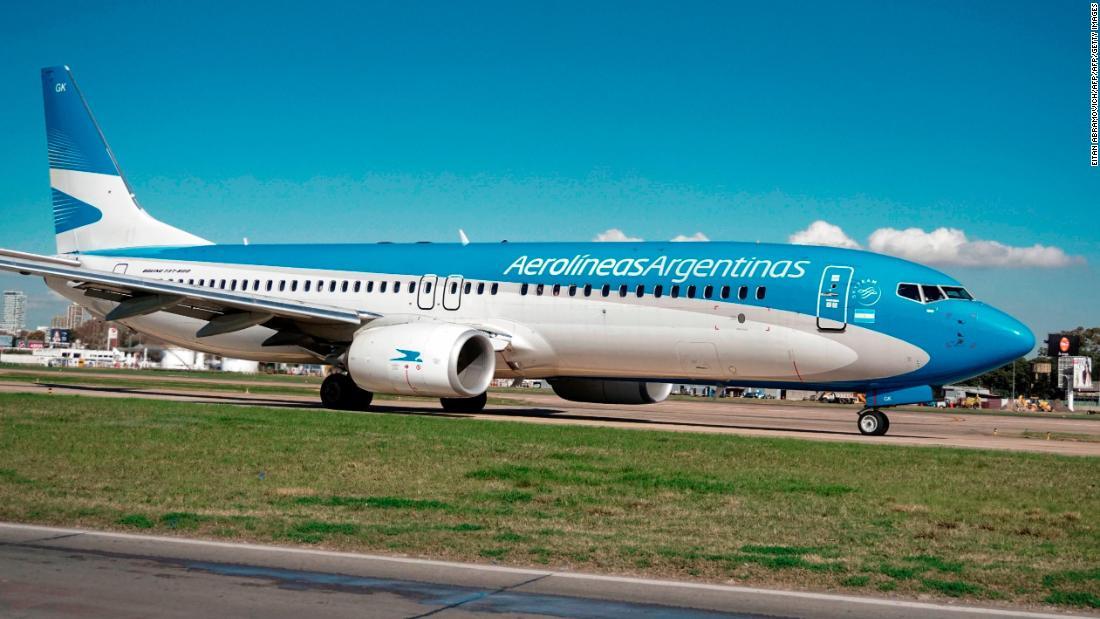 Argentina eliminará todas las restricciones para ingresar al país vía aérea