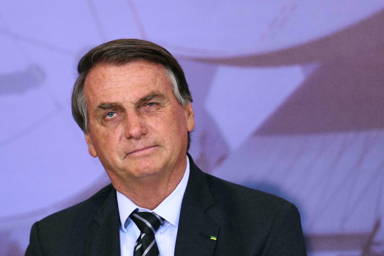 Dan plazo de 30 días para interrogar a Bolsonaro por interferencia política
