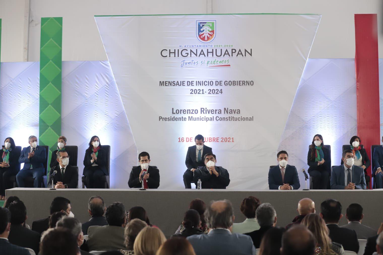 Pide Miguel Barbosa durante la toma de protesta de Lorenzo Rivera, se revise administración pasada de Chignahuapan