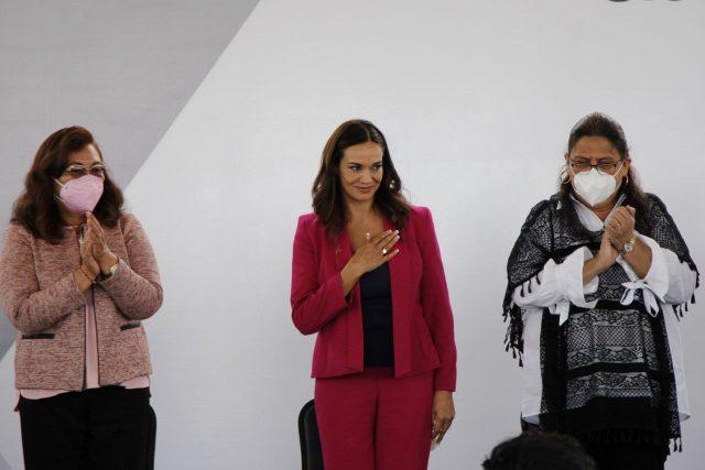 DIF estatal Liliana Ortiz Pérez Y Rosario Orozco Caballero