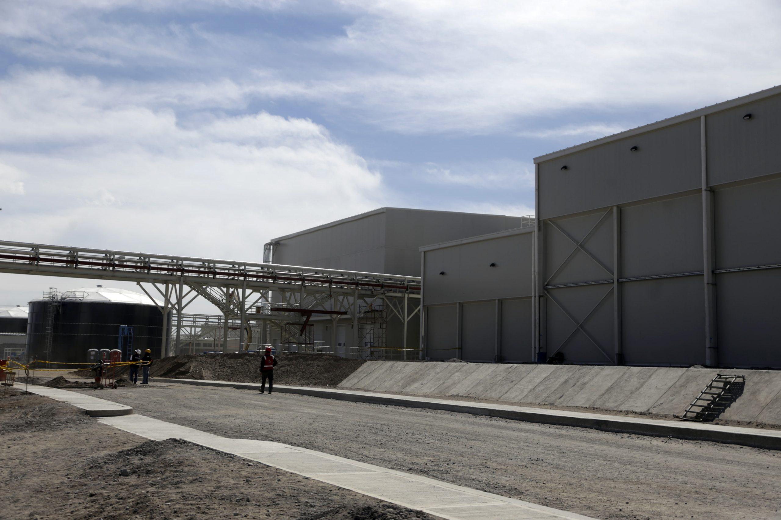 Granjas Carroll obtuvo en 2020 tres concesiones para extraer agua de acuífero en veda