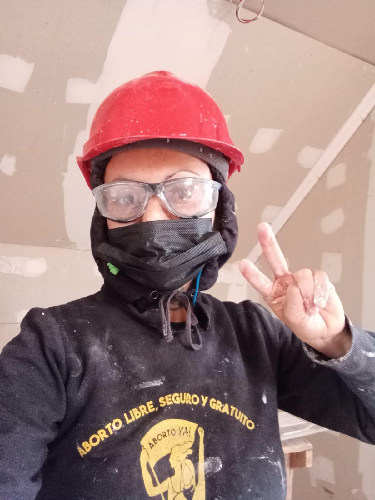 Ingrid Sol Heredia: La obrera de la construcción, activista feminista y destacada poeta de Tierras Blancas que aspira a un escaño como CORE de la Región de Coquimbo