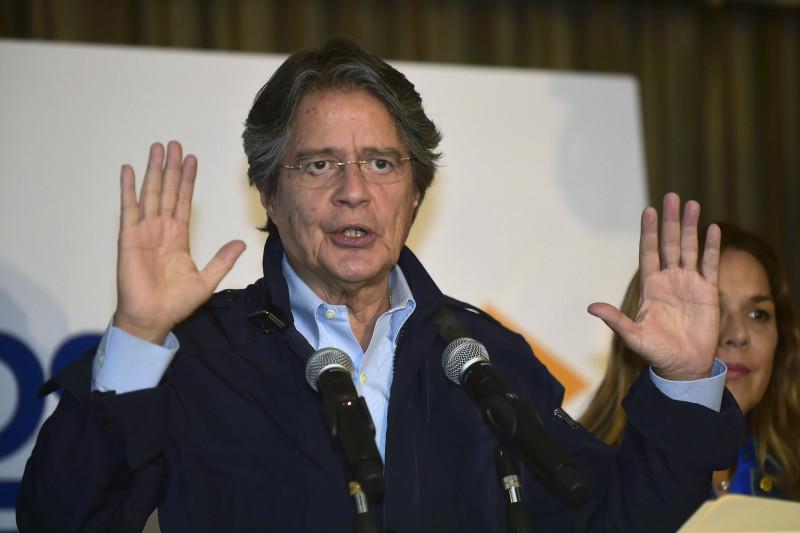 Presidente Lasso reconoce que tiene parte de su patrimonio fuera de Ecuador