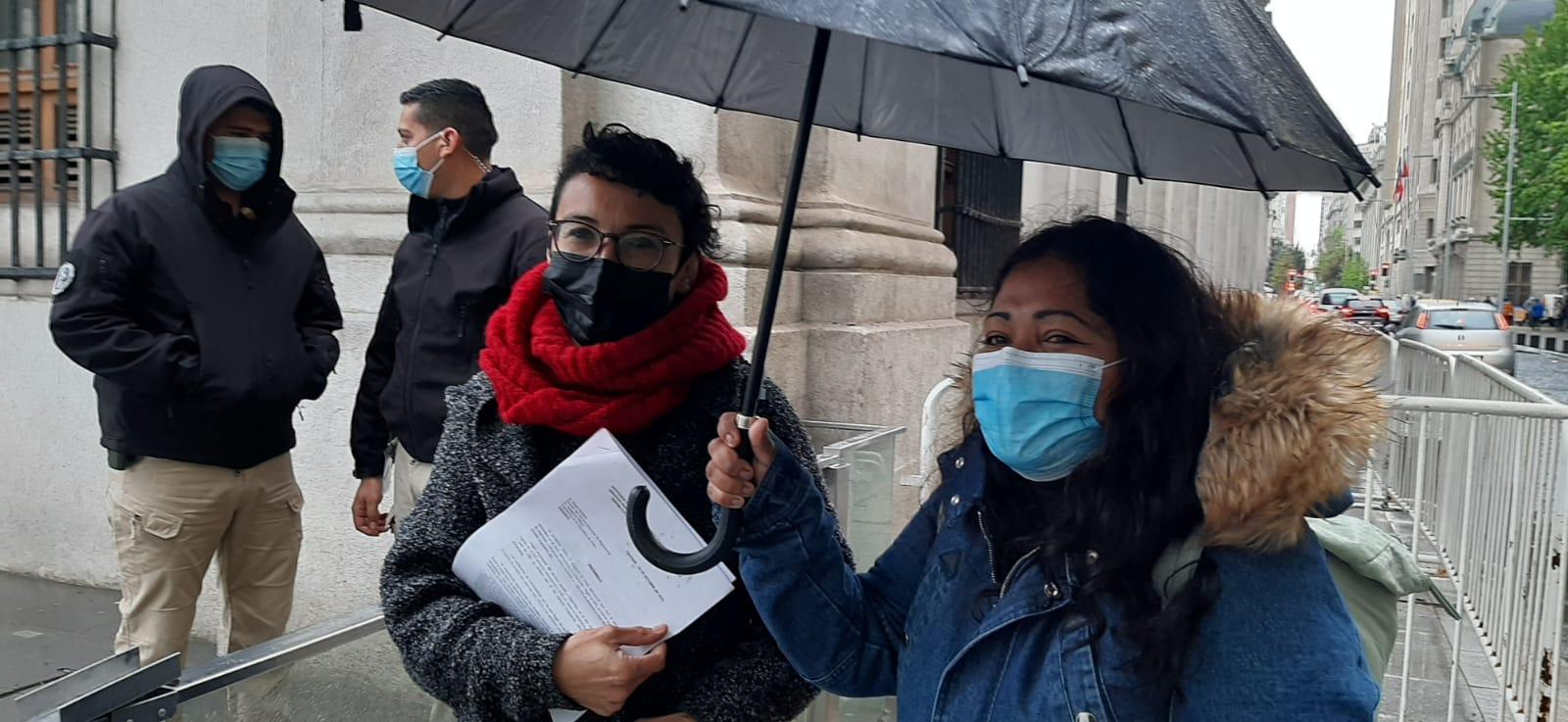 Organizaciones de Iquique entregan petitorio en La Moneda con demandas para abordar crítica situación migratoria y humanitaria