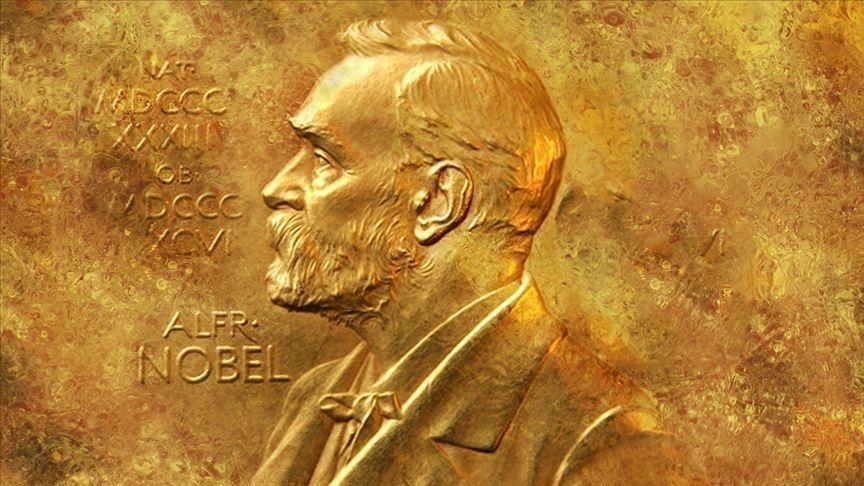 ¿Cuánto se debe esperar para recibir un premio Nobel?