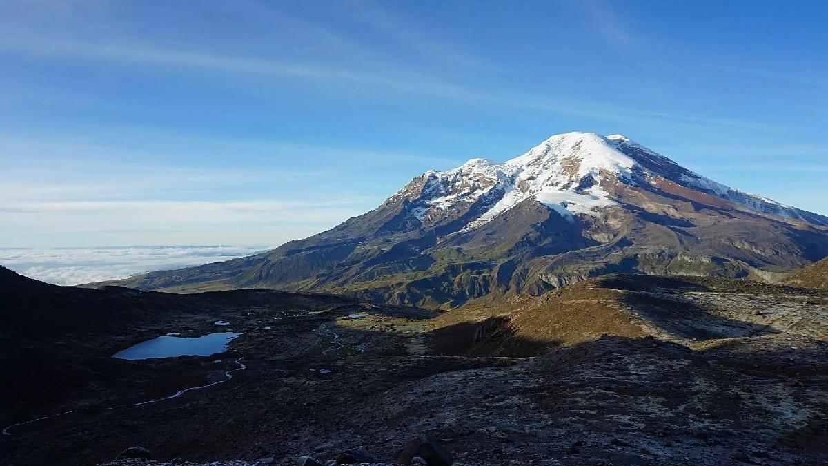 Ecuador: Se registran tres muertos y varios heridos tras avalancha en volcán el Chimborazo