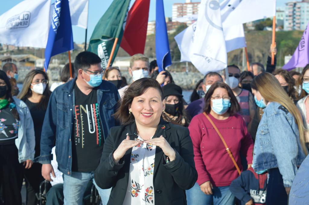 Yazmin Lorca Benavides: Desde la comunidad sorda al Parlamento (Distrito 6)