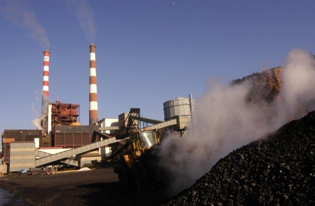 Riesgo y dificultades:  El apocalíptico pronóstico del ministro de Energía si se cierran centrales a carbón