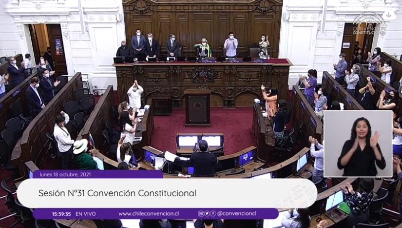 18 de octubre: Comienza a escribirse una nueva Constitución para Chile