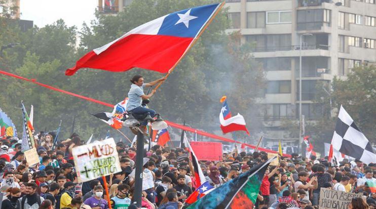 Serie documental latinoamericana estrenará capítulo sobre el Estallido Social en Chile