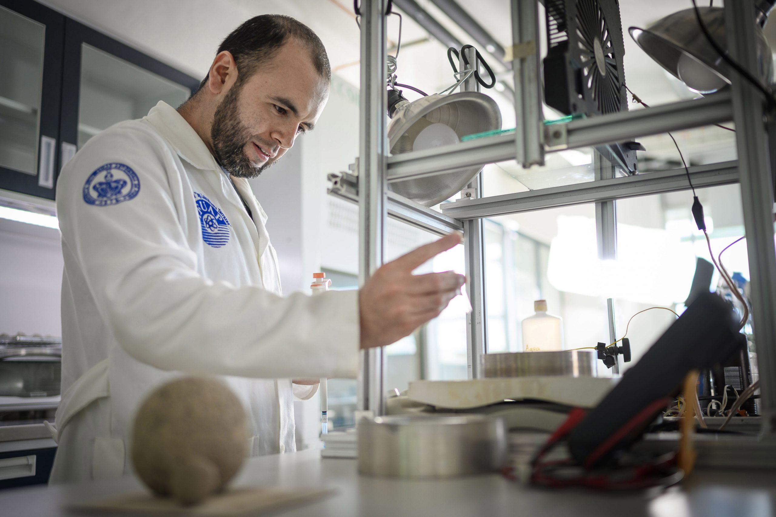 Aborda IFUAP alcance de las aplicaciones de la materia granular