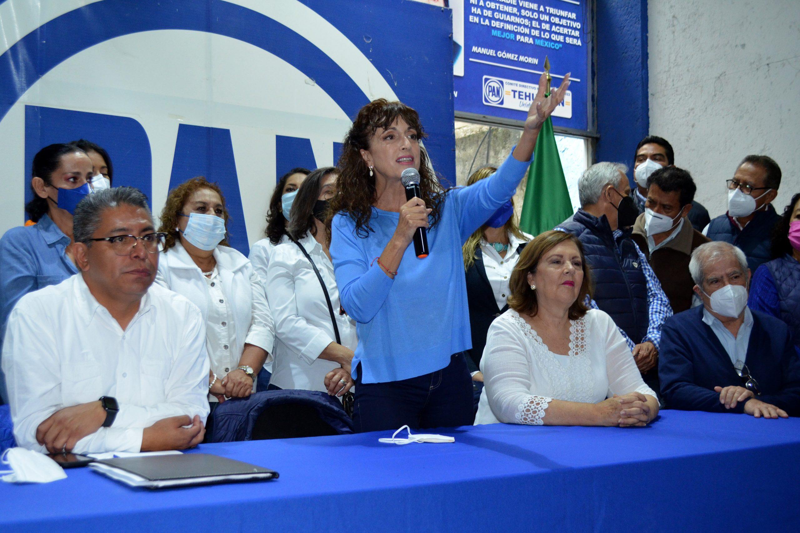 Para rescatar al PAN vamos sin cuates ni cuotas: Augusta Díaz de Rivera arranca campaña en Tehuacán